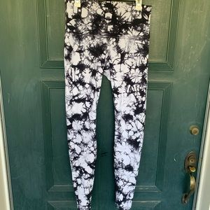 lululemon athletica Pants - Lululemon Wunder Under HR Shibori